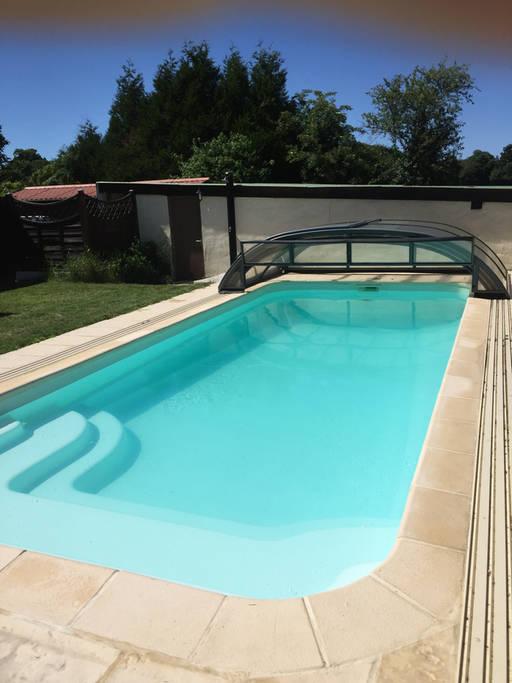 Chambre-d-hotes—Les-Chambres-du-Pressoir—piscine-decouverte