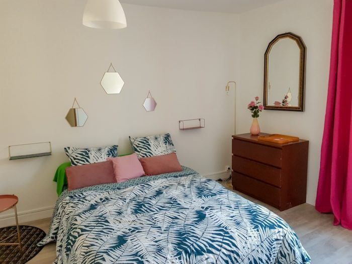 Gite–La-Maison-Bleue—-Chambre-1