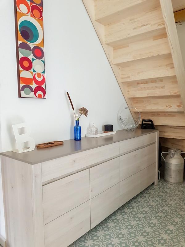 Gite–La-Maison-Bleue—-Sous-escalier
