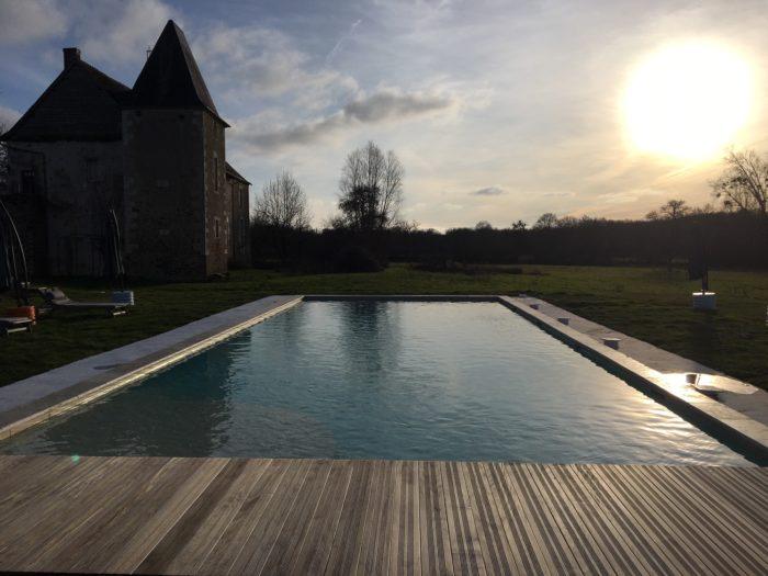 Gite-le-Manoir-de-Vauvredon—piscine-4