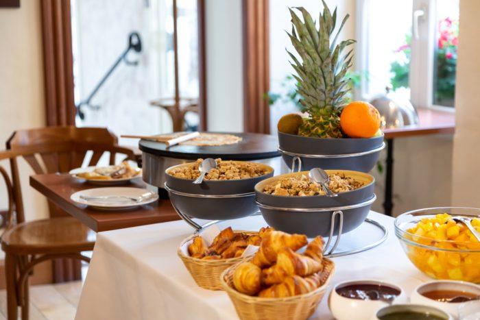 Hotel Famille Bourgeois Petit-déjeuner