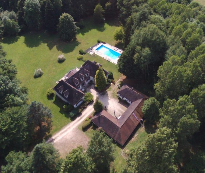 La-villa-du-Grand-Sancerrois-Vue-aerienne-2