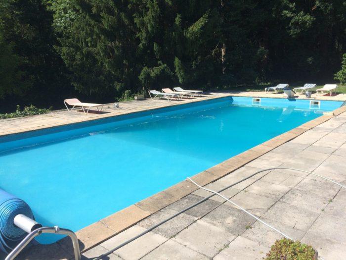 La-villa-du-Grand-Sancerrois-Vue-piscine