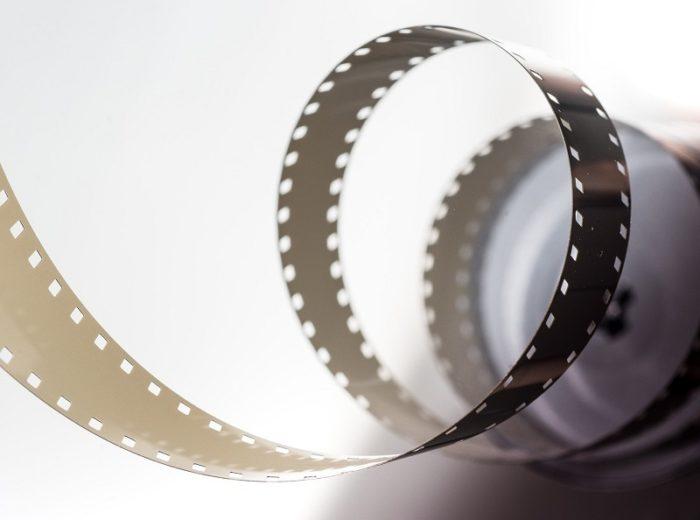 film-2233656-1920-2