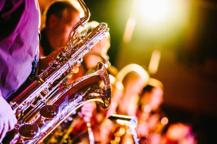saxophones-691224_1920