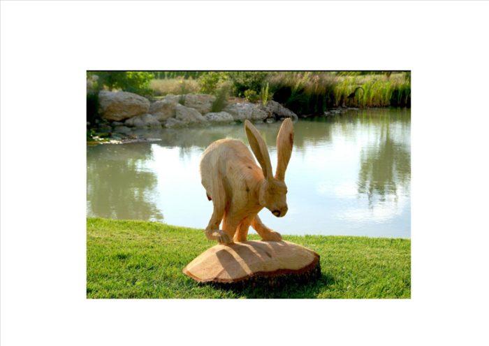 sculpture-bois-lievre
